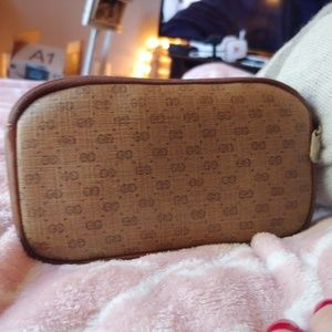 Gucci Bags - GUCCI vintage cosmetic pouch phone accessory case